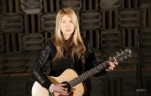 Beatie Wolfe in Nokia Bell Labs Anechoic Chamber by Theo Watson (22)